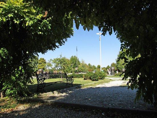 Tineretului Park: Gemütliche Plätze zum Erholen