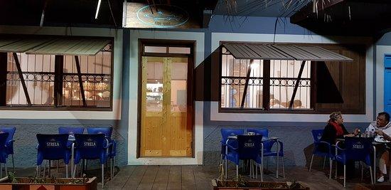 Fachada del restaurante de Palmeira.