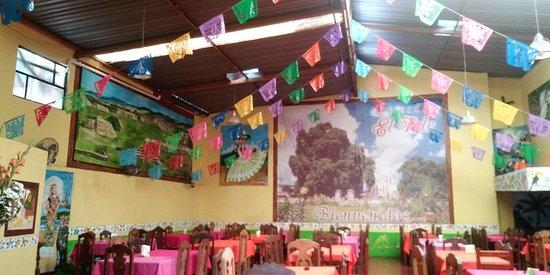 Santa Maria del Tule, Mexiko: 20181008_114815_large.jpg