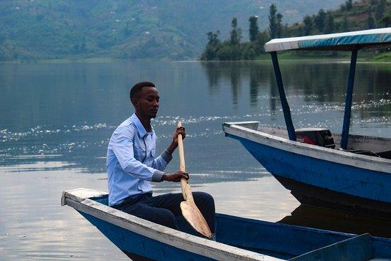 Ruhondo, Rwanda: boating activities