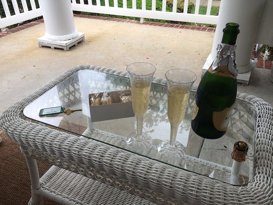 Sea Girt, NJ: Celebrating our Honeymoon on the porch of the Beacon House