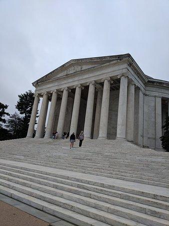 Jefferson Memorial: IMG_20181006_093528_large.jpg
