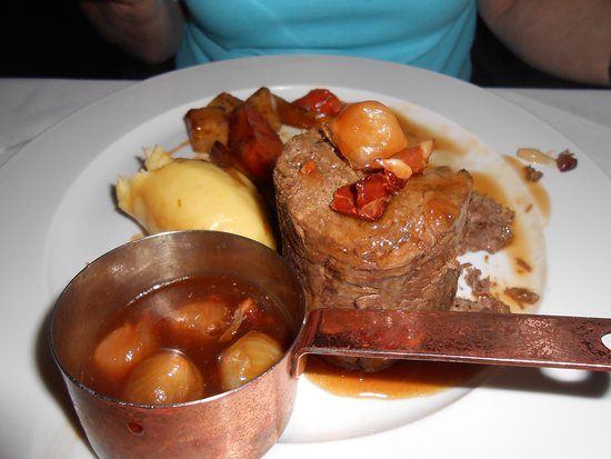 Clowne, UK : Beef at its best.