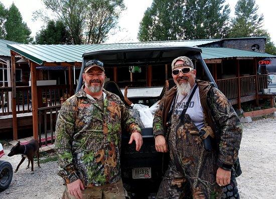 Κίνγκστον, Αϊντάχο: We welcome all hunters through out the season. Open for breakfast, lunch and dinner 7 days per w