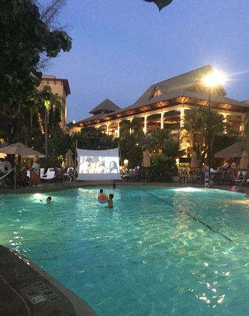 Loews Royal Pacific Resort At Universal Orlando Reviews Price