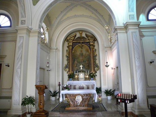 Valdobbiadene, Italy: San Floriano interior