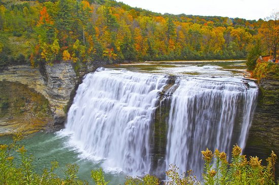 Warsaw, NY: nearby 15 minute drive to Letchworth State Park!