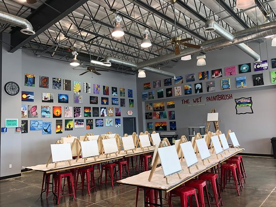 Alamosa, CO : Our studio holds up to 40 painters!