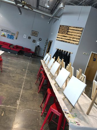The Wet Paintbrush: Sip & Paint with us!