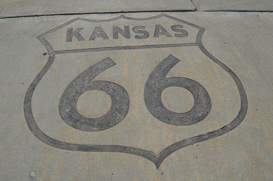 Baxter Springs, KS: logo painted on gararge forecourt