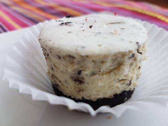 Tunapuna, Trinidad: Cookies and cream mousse