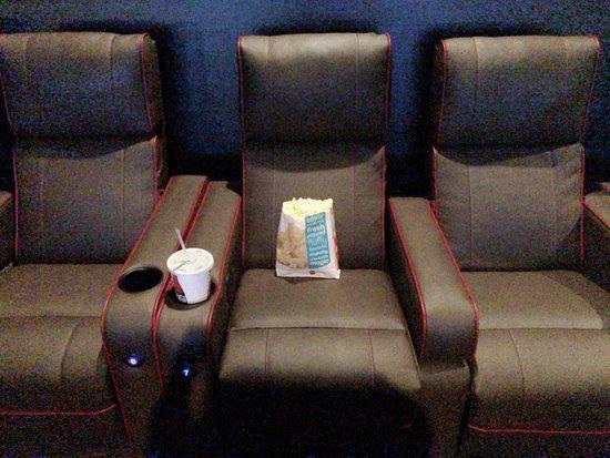 Ocoee, FL: Spacious Seating