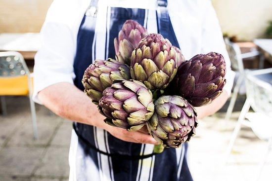 Inglewood, Australia: Seasonal produce