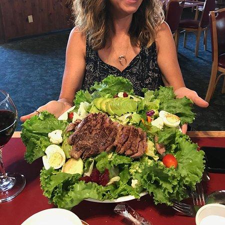 Camino, CA: the HUGE steak salad special