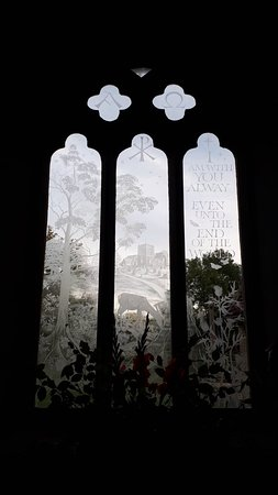 Boldre, UK: Etched window in St John.