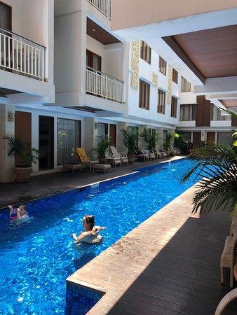 The Sun Hotel & Spa Foto