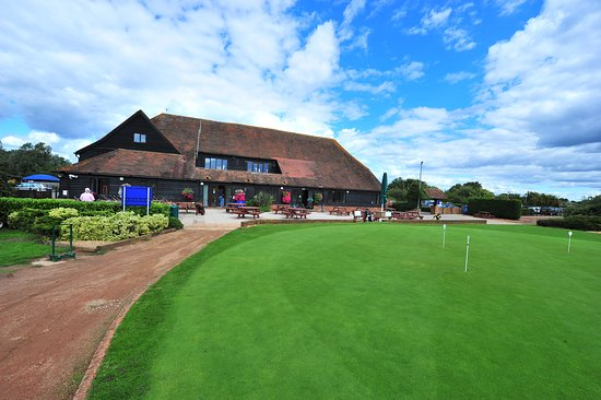 Shepperton, UK: Clubhouse