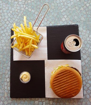 Le Pont-de-Claix, Frankrig: Menu burger