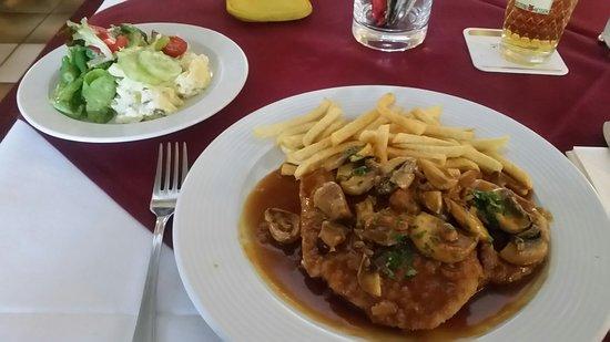 Bad Vilbel, Allemagne: Mehret's Restaurant & Biergarten