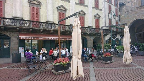 Piazza Vecchia: DSC_0911_large.jpg