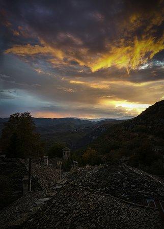 Καπέσοβο, Ελλάδα: Kapesovo at dusk