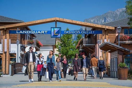 Shoppen und geniessen - im Landquart Fashion Outlet