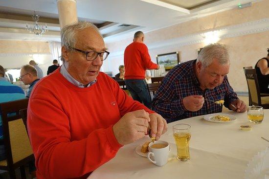 Lysomice, Poland: En stor och trevlig matsal på hotell Rubbens.