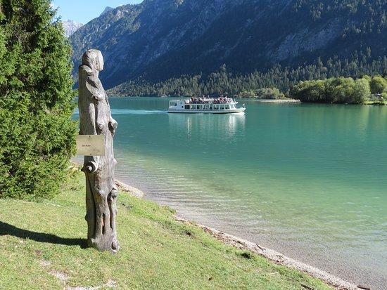 Heiterwang, Austria: Der Hüter des See's.