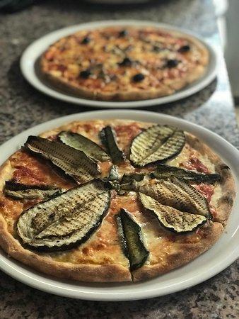 Liestal, Suiza: Feine frische  Hausgemachte Pizzen