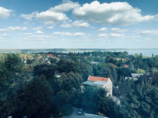 Balatonalmadi, ฮังการี: kilátás a Balatonra
