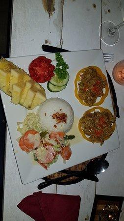 Restaurant Bukit Segara : 20181007_192412_large.jpg