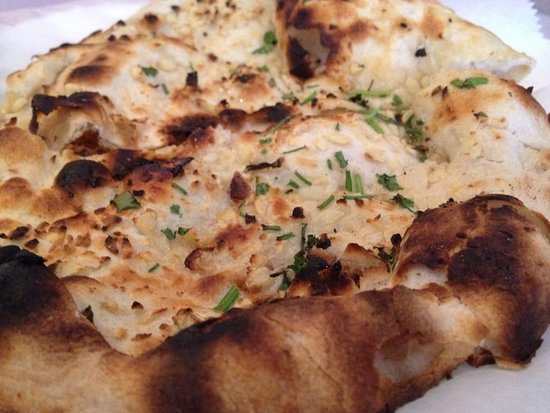 North Providence, RI: Garlic naan