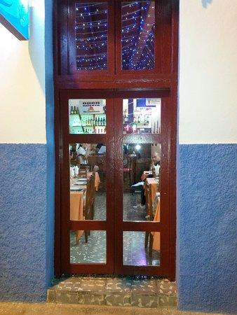 Gibara, Куба: Lugar climatizado con nueva imagen .