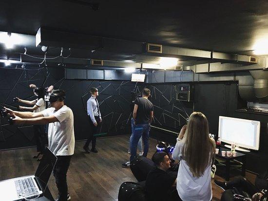 Виртуальный клуб москва эротический массаж с откровенным лесби шоу