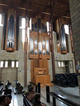 Saint-Benoit-du-Lac, Canada: Magnifique orgue dans la chapelle
