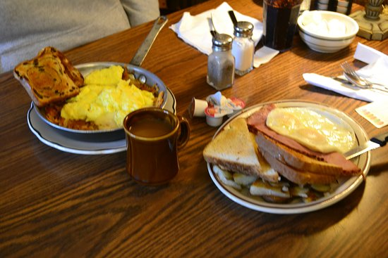 Lake Tomahawk, Висконсин: great breakfast, great taste, mid price, well worth it !!
