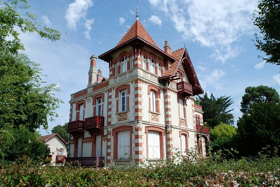 Very Nice Walk Review Of Winter Town Ville D Hiver Arcachon