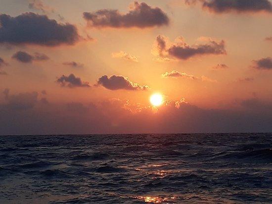 Dado Beach 사진
