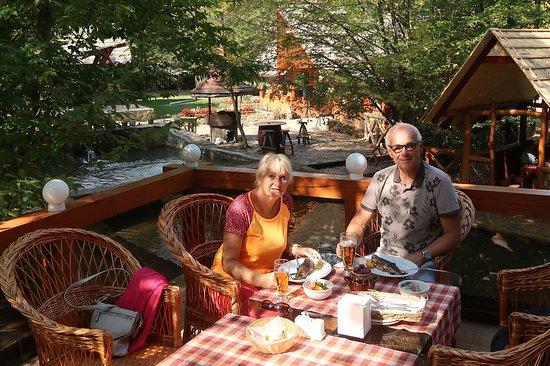 Polyana, Ukraine: Dobrou chuť...