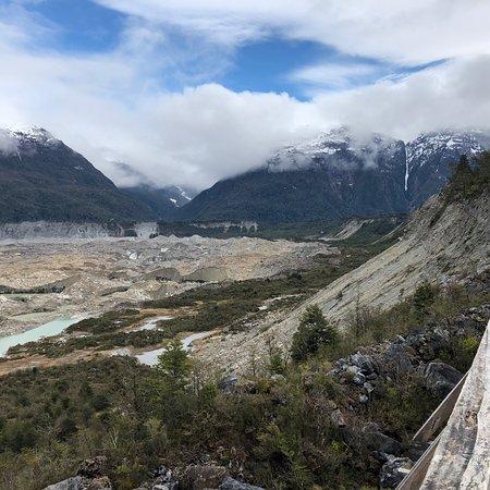 Steiler Klettersteig zum Mirador des Gletscher
