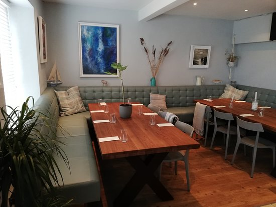 Courtmacsherry, Ireland: The Lifeboat Inn can cater for large groups with special menus available