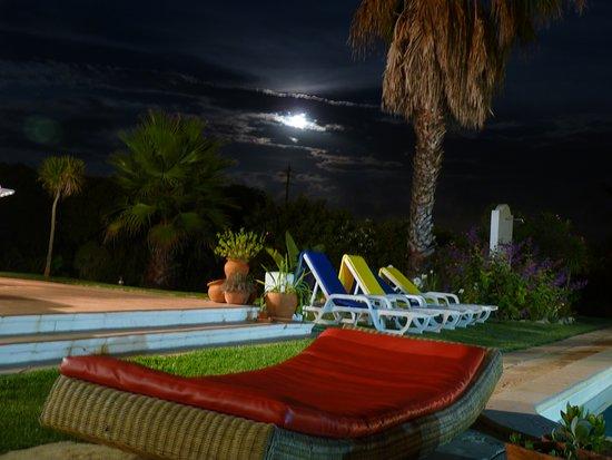 Longueira, Πορτογαλία: Noite de luar
