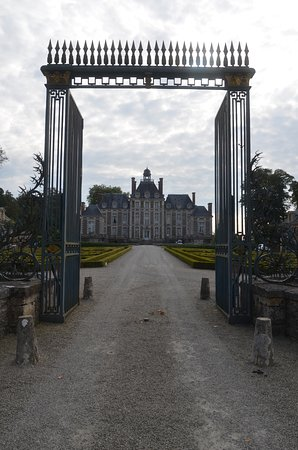 Chateau de Balleroy framed by the front gate