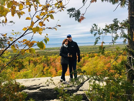 Manitoulin Island, كندا: Lookout point - great spot for photos