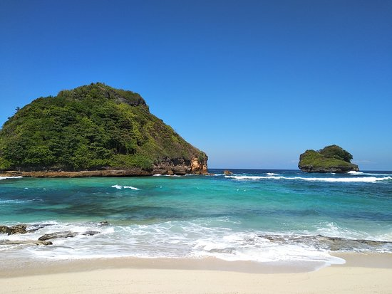 Goa China Is Very Sophisticated Review Of Goa Cina Beach Malang Indonesia Tripadvisor