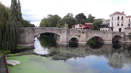 Pont de la Vallee