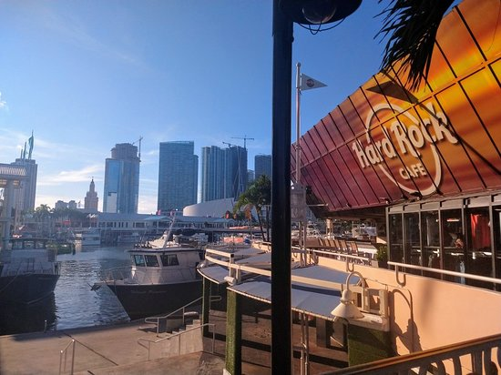 Hard Rock Cafe: IMG_20180821_182144444_large.jpg