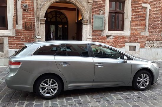 Private transfer Krakow Warsaw with...
