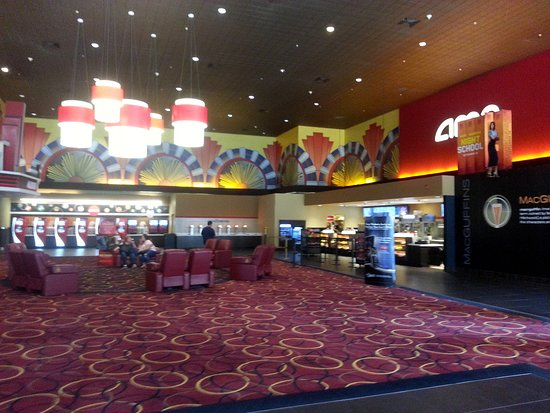 Concession Stand And Coca Cola Freestyle Machines At Amc Streets Of