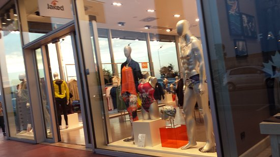 Fashion City Outlet: OUTLET...